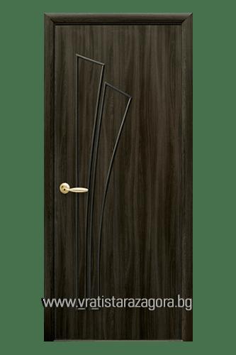 Интериорна врата модел Лилия Плътна цвят Кестен