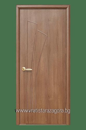 Интериорна врата модел Лилия Плътна цвят Златна елха