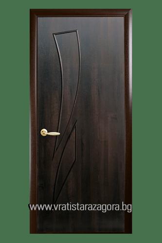 Интериорна врата модел Камея Плътна цвят Кестен